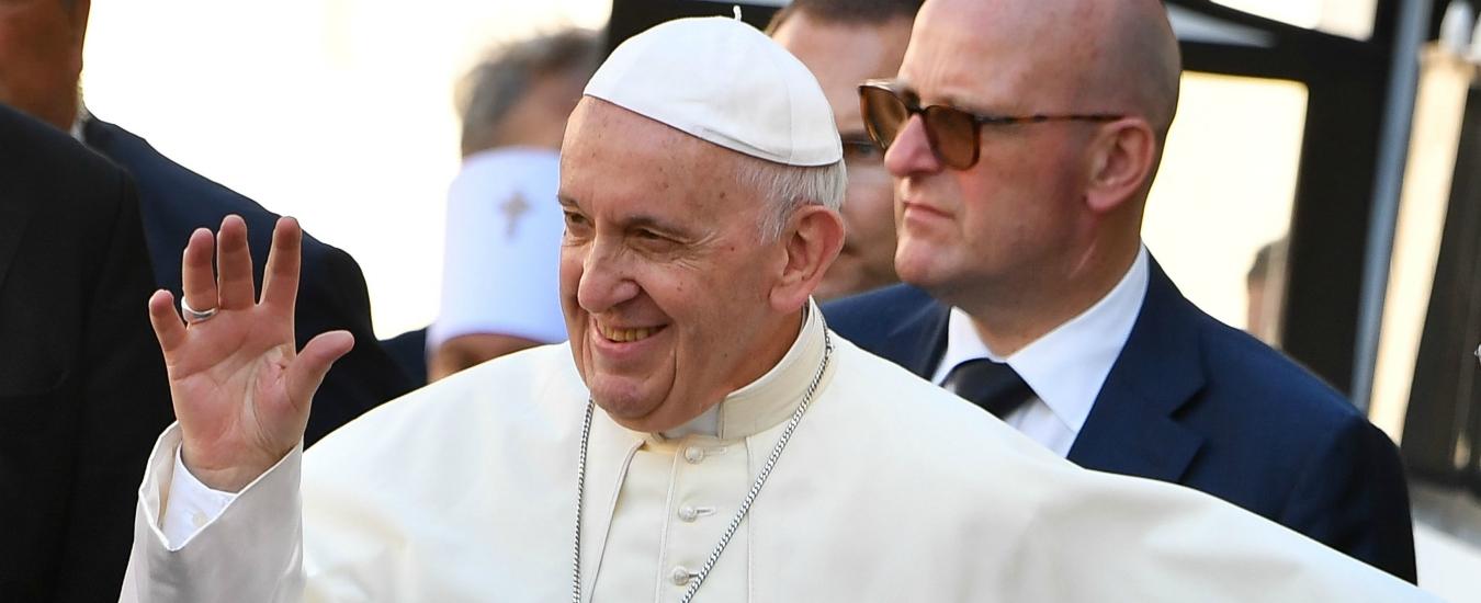 """Papa Francesco, """"soldi non si fanno con i soldi ma col lavoro. No a sussidi se non puntano a ridare un'occupazione"""""""
