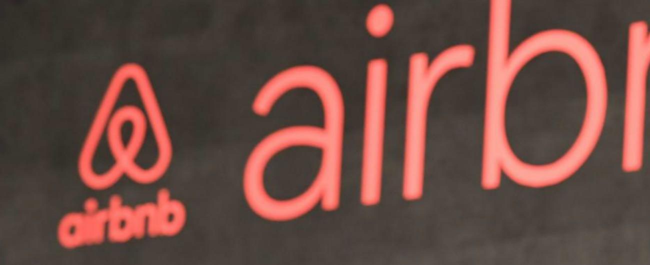 """Airbnb: la Commissione Ue rileva violazioni dei diritti dei consumatori. """"Rapide soluzioni adeguate"""""""