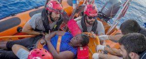 "Migranti, la fake news su Josepha: ""Ma quale naufragio, ha l"