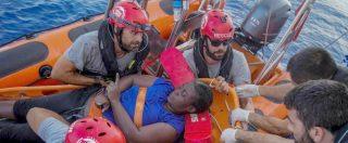 """MIgranti, Open Arms a Palma denuncia Italia e Libia per omicidio colposo. Viminale: """"Sono le ong che mentono"""""""