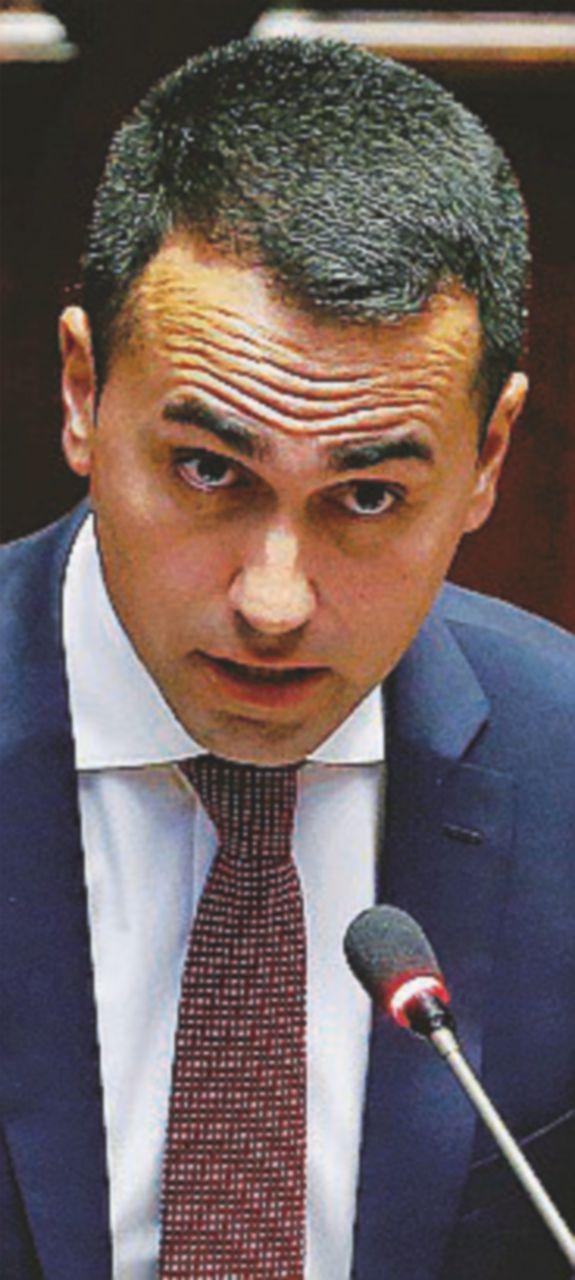 """Dl Dignità, caso chiuso: niente """"manina"""". Nuovo scontro Di Maio-Confindustria"""