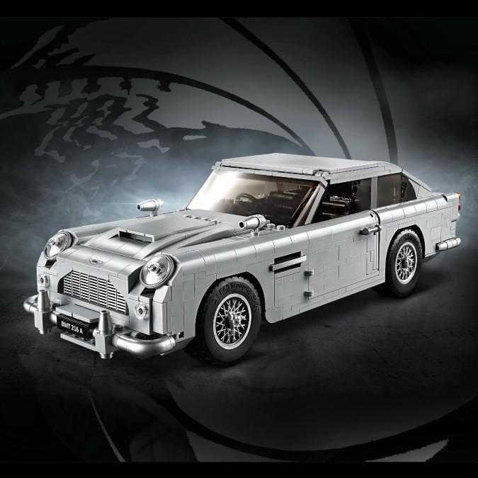 Aston Martin DB5, eccone una di Lego per gli appassionati di 007 – FOTO