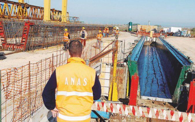 Fusione Anas-Fs nel caos. Il Tesoro vuole l'ok