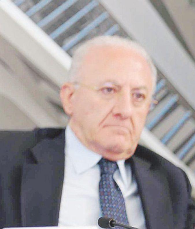 """Show di De Luca: """"Il mio reato? La tifoseria"""""""