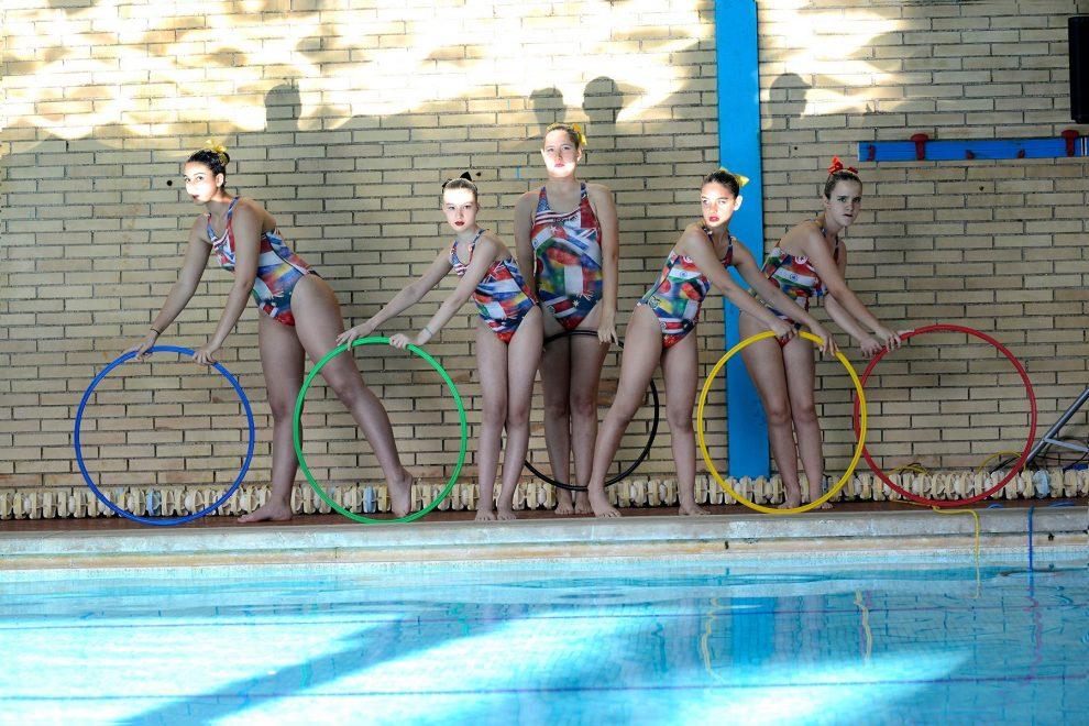 """8ba80d49ff72 Roma, lezioni integrate di nuoto e nuoto sincronizzato tra ragazze con  disabilità e non: """"Siamo tutte brave, delle sirenette """""""