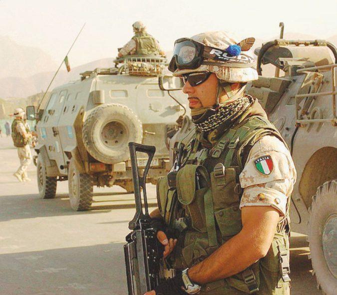 Personale in eccesso e tagli ai fondi: i mali delle Forze Armate