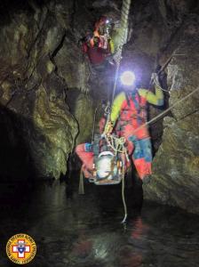 Cuneo, speleologo precipita in una grotta: 100 soccorritori