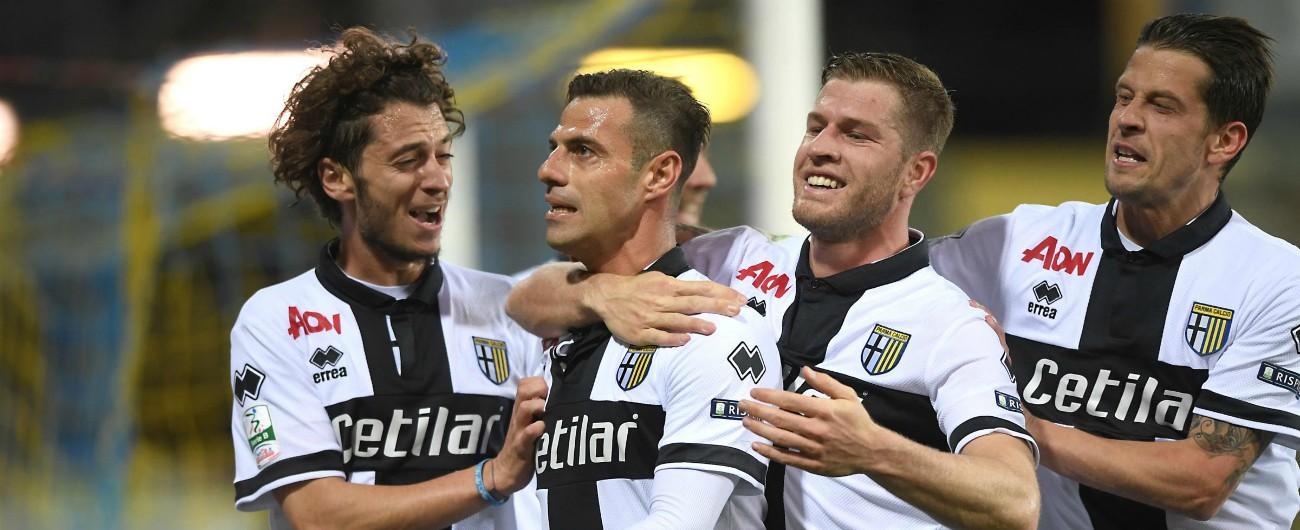 Serie A, il Parma penalizzato di 5 punti: evitata la retrocessione. Emanuele Calaiò squalificato per 2 anni