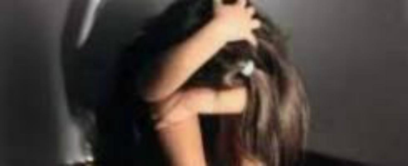 Agrigento, la attira in casa con la scusa di svolgere lavori domestici e la stupra. Arrestato un bracciante di 39 anni