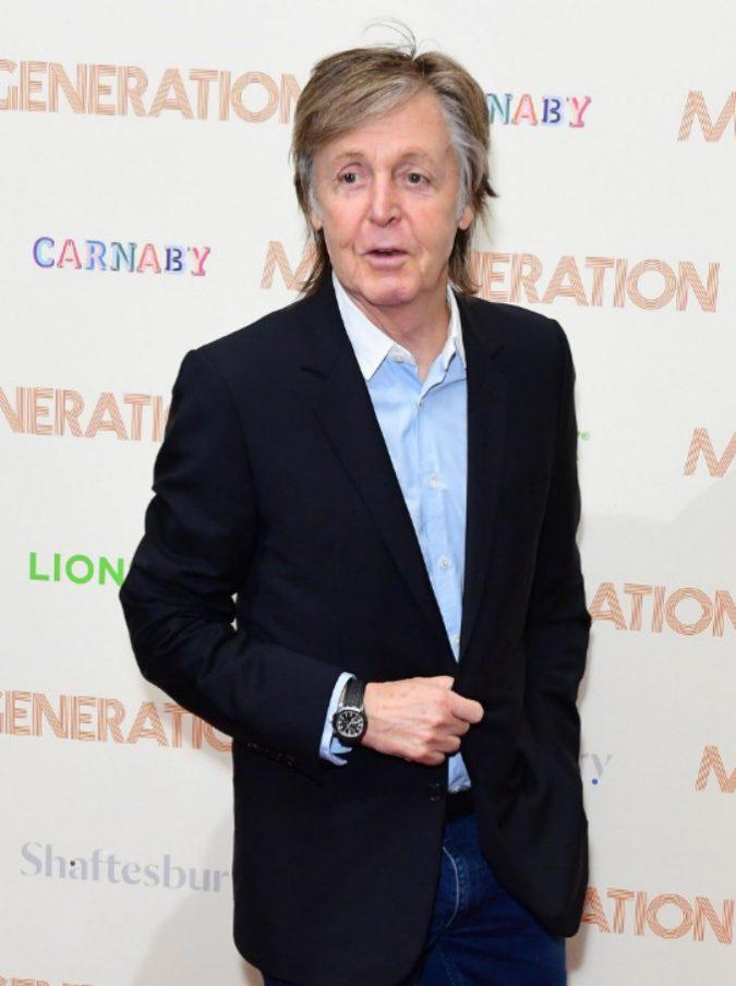Paul McCartney sulle strisce pedonali di Abbey Road 49 anni dopo: lettera d'amore all'ex beatle