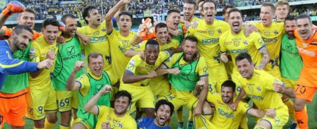 """Chievo, Tribunale Figc: improcedibilità per il caso plusvalenze. Club resta in Serie A. Legali Crotone: """"Subito nuovo processo"""""""