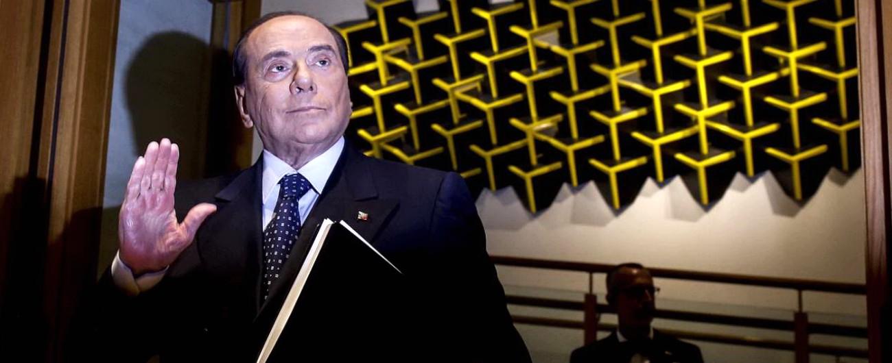 """Berlusconi: """"Governo più a sinistra della Storia, finirà presto"""". A Salvini: """"Blocchi decreto dignità"""". Il vicepremier: """"No"""""""