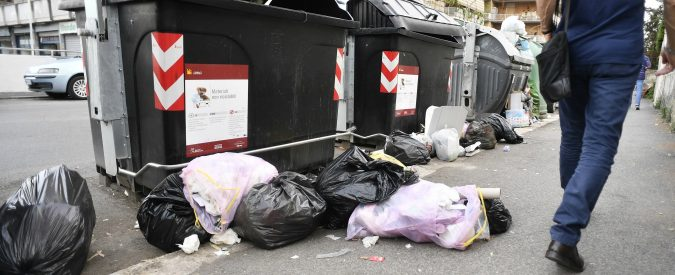Cassazione, è lecito prendere rifiuti dai cassonetti?