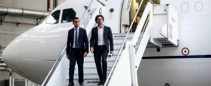 """Air Force Renzi, il premier Conte: """"Stop al contratto da 150 milioni per l'Airbus"""". Toninelli: """"Non ci sarà nessuna penale"""""""