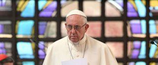 """Papa Francesco, nuovo attacco di Viganò: """"Negli Usa incontrò funzionaria che rifiutava nozze ai gay"""""""