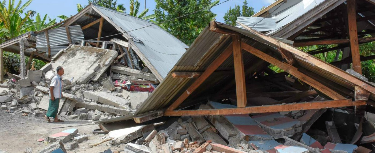 Terremoto Indonesia, almeno 14 morti e oltre 160 feriti. Scossa di magnitudo 6.4 con epicentro nell'isola di Lombok