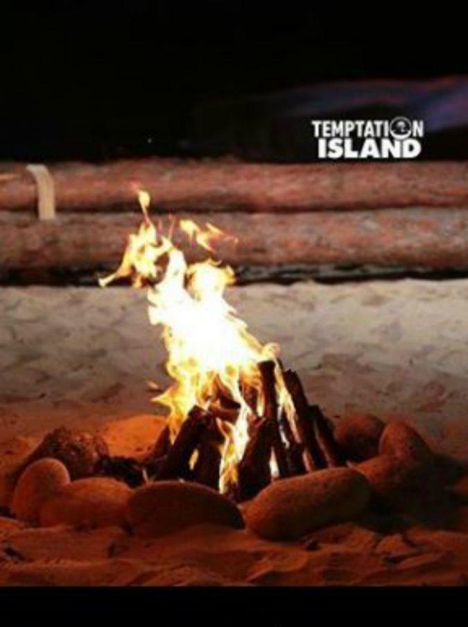 Temptation Island 2018, doppio appuntamento per il finale di stagione: falò della verità per le coppie in gara. Ecco le anticipazioni