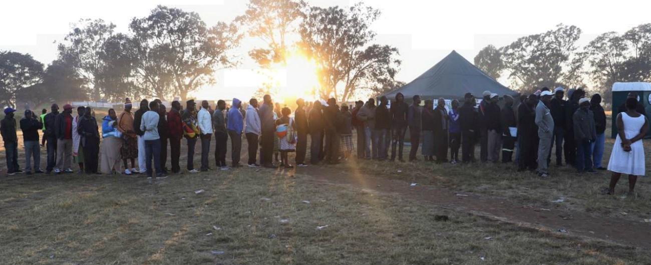 Zimbabwe, urne chiuse per le prime elezioni del dopo Mugabe: hanno votatocinque milioni e mezzo di elettori