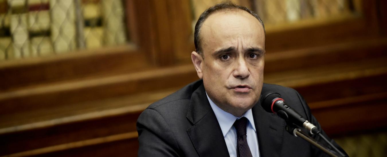 Beni culturali, il ministro Bonisoli propone di impiegare al Mibac gli esuberi del Miur. Ma tra le categorie è polemica