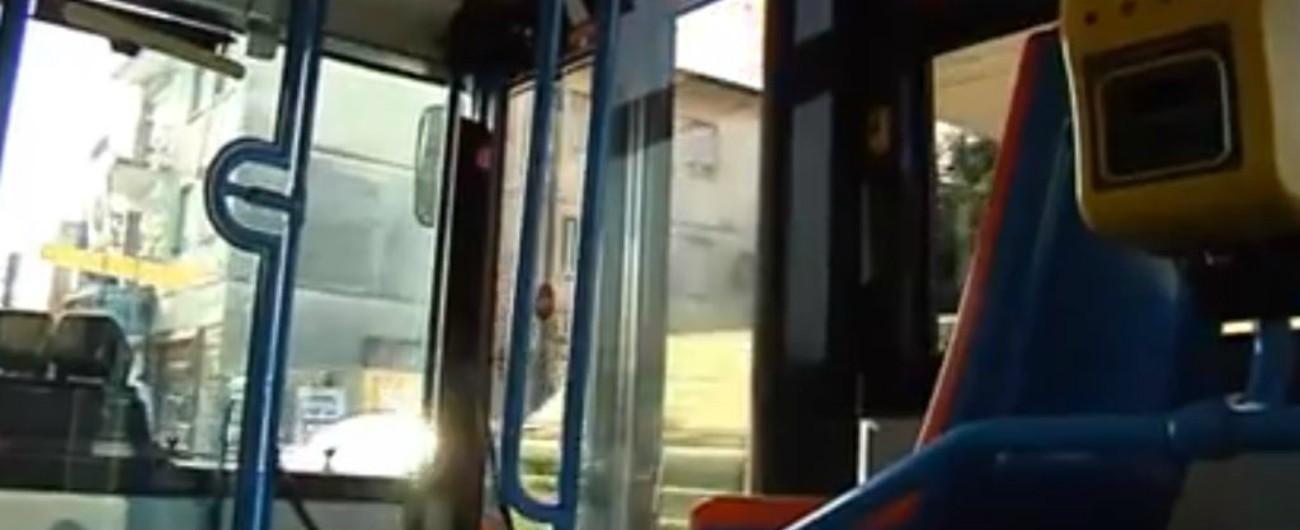 classcic gamma esclusiva in uso durevole Pordenone, aggredisce autista del bus e accoltella un ...