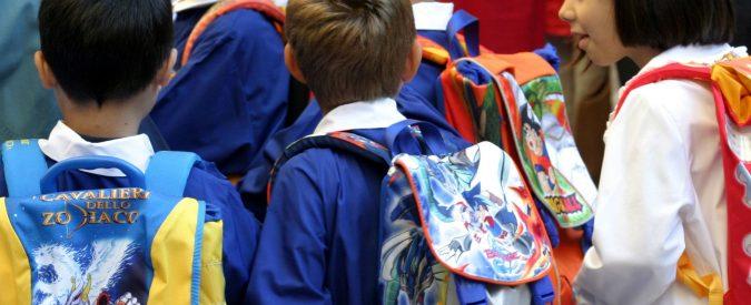 Ricomincia la scuola, andiamoci senza zaino e con diari uguali per tutti