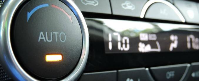 Sbalzi termici da aria condizionata, un italiano su due a rischio. Qualche consiglio per chi viaggia in auto