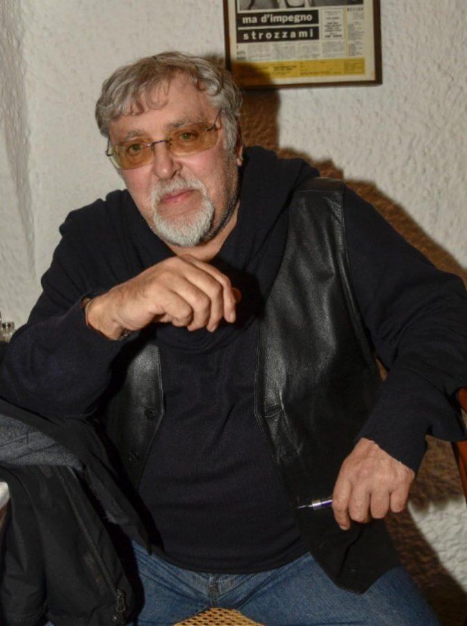 """Maurizio Mattioli, uno degli ultimi veri caratteristi italiani si racconta. Dall'arresto nel 1995 alla Fenech: """"Durante le scene sexy, il set era invivibile"""""""