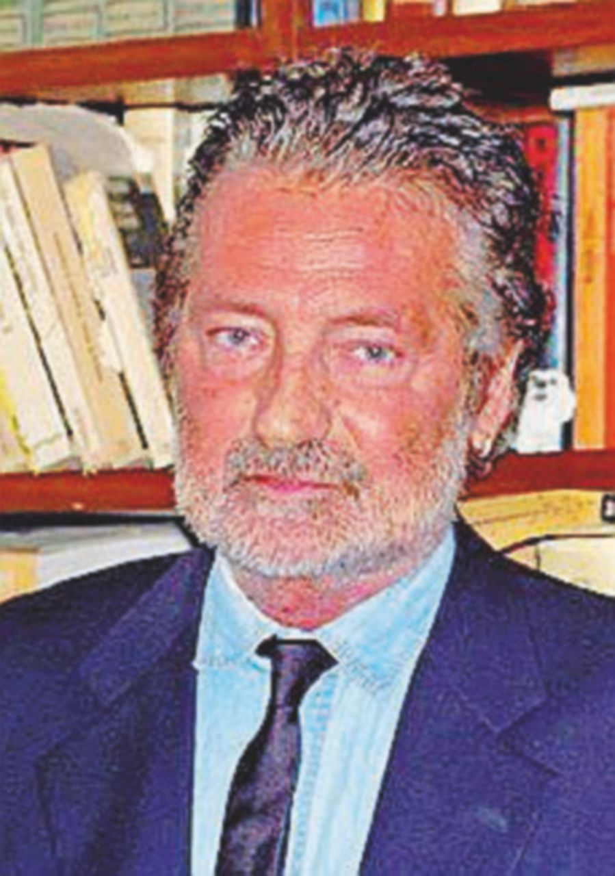 """""""Sporco comunista  di merda"""": giornalista accoltellato a Milano"""