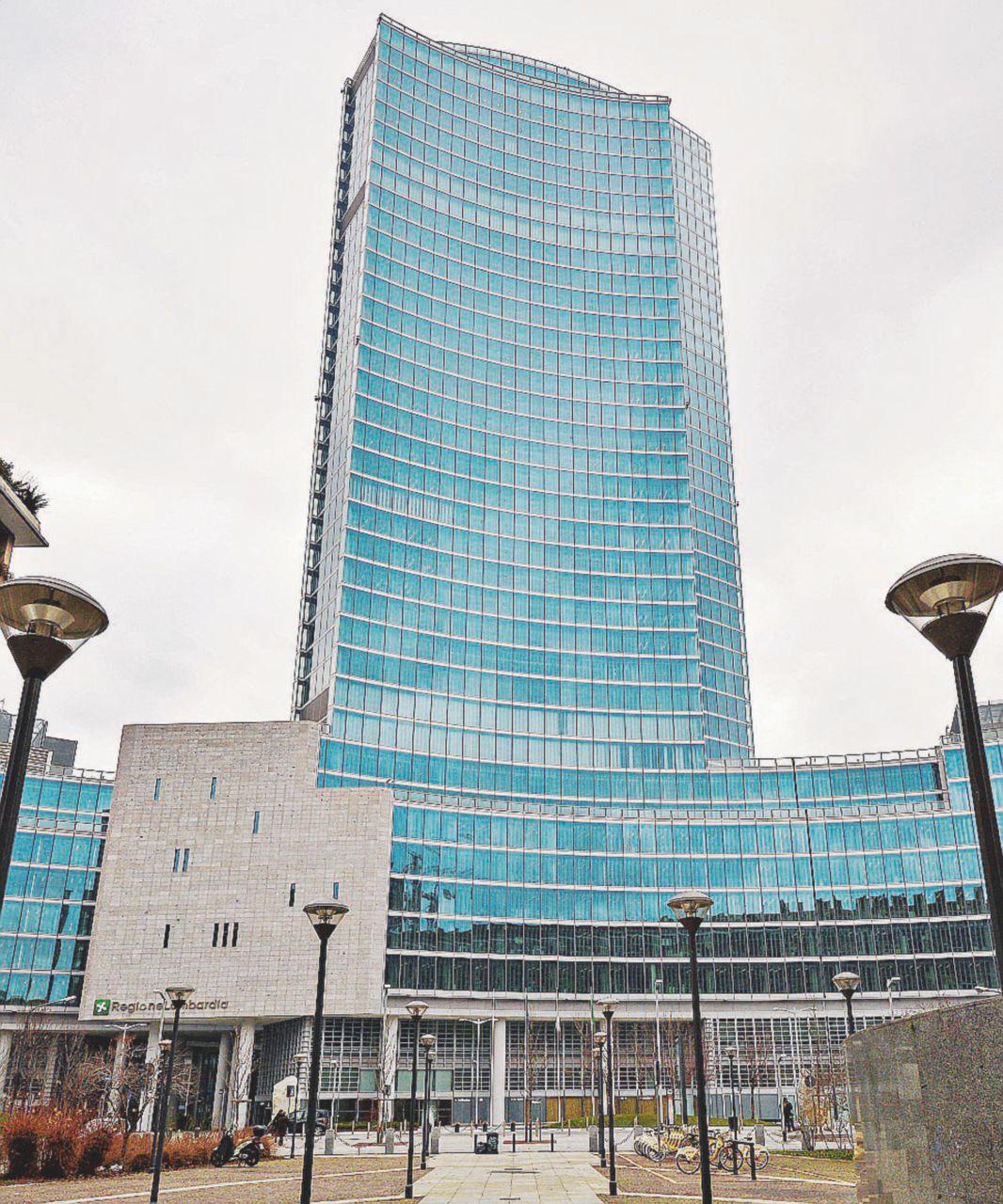 Lombardia, il centrodestra vuole la legale dei boss nel comitato antimafia della Regione