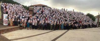 Sardegna, a Banari la fotografia di gruppo più grande al mondo: iniziativa contro lo spopolamento