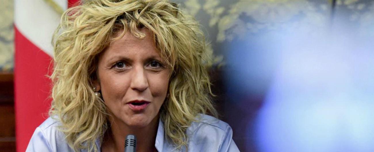 """Tap, la ministra Lezzi a Salvini: """"Al sud servono infrastrutture? Sì, ma le priorità sono strade, ferrovie e scuole"""""""