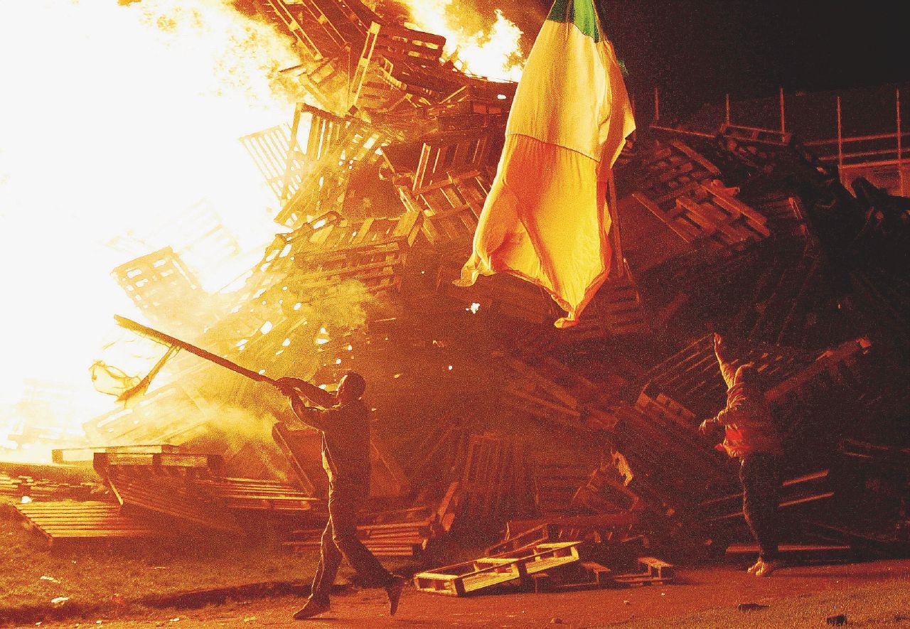 Belfast, paura di Brexit e ritorno della violenza