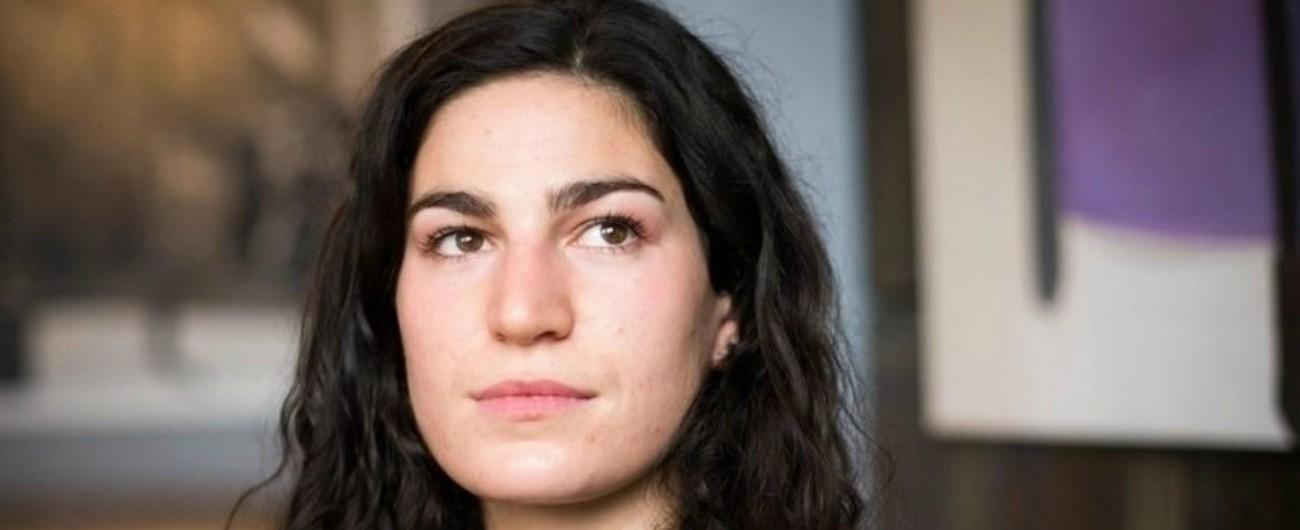 Marie Laguerre, parla 22enne molestata a Parigi: 'Sono la prova che se dici no puoi essere picchiata. Educare bimbi da piccoli'