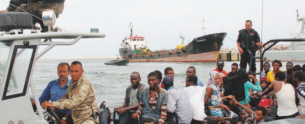 Sulle navi alla Libia decide Minniti: il Pd alla Camera non vota