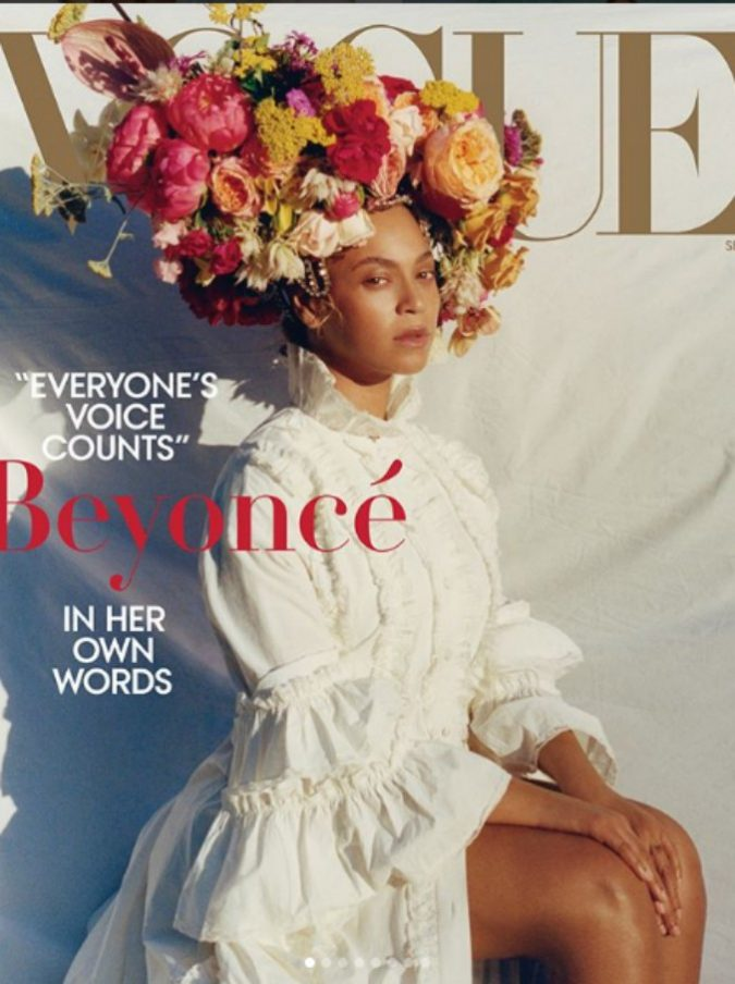 """Beyoncé in copertina su Vogue si confessa: """"In gravidanza pesavo 100 kg, ho subito un cesareo d'emergenza. Sono quasi morta"""""""