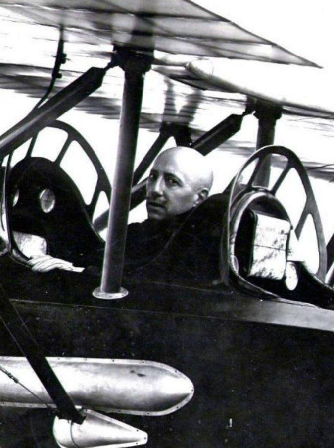 """D'Annunzio e quel """"Folle volo"""" su Vienna: cent'anni dopo l'Italia (dal Vittoriale in giù) celebra l'impresa del poeta-soldato"""