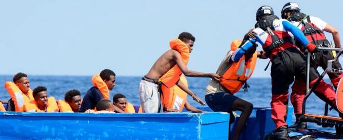 migranti, aquarius salva 141 persone. altre 72 sono sbarcate in calabria - il fatto quotidiano