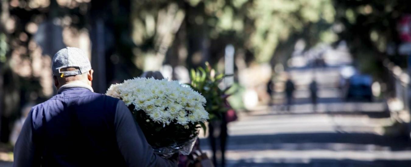 Roma, il Comune progetta musica e film al cimitero Verano. Ma lo lascia nell'abbandono