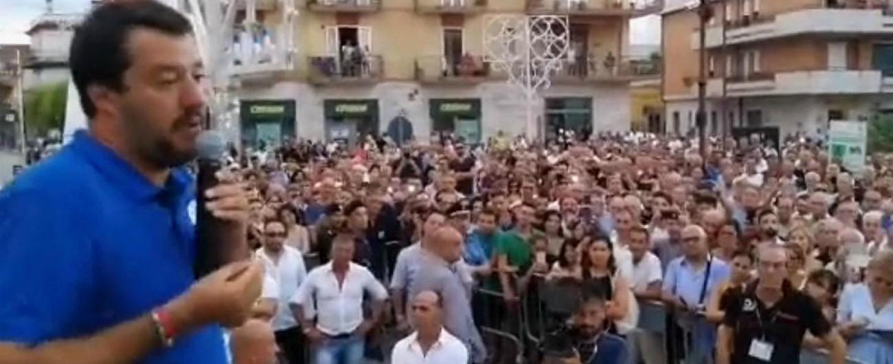 """Salvini: """"Forza Italia scelga tra Lega del futuro e Renzi del passato. La capotreno Trenord andrebbe premiata"""""""