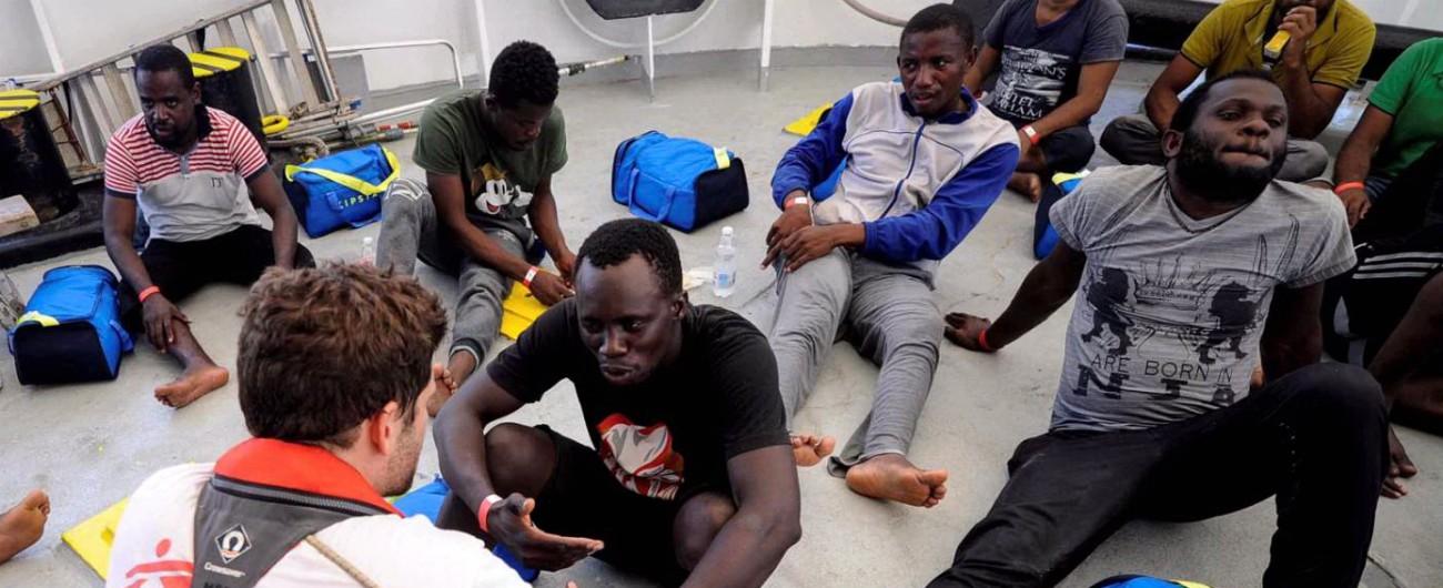 """Aquarius lancia appello a governi europei """"Ci assegnino un luogo sicuro di sbarco"""". Migranti: """"Cinque navi ci hanno ignorato"""""""