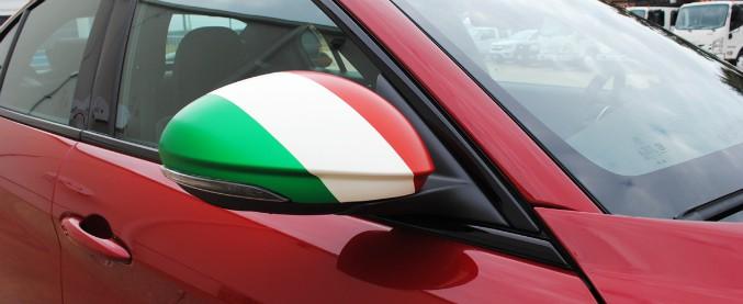 """Gli italiani al volante? Si autodefiniscono """"esperti"""" e """"dinamici"""""""