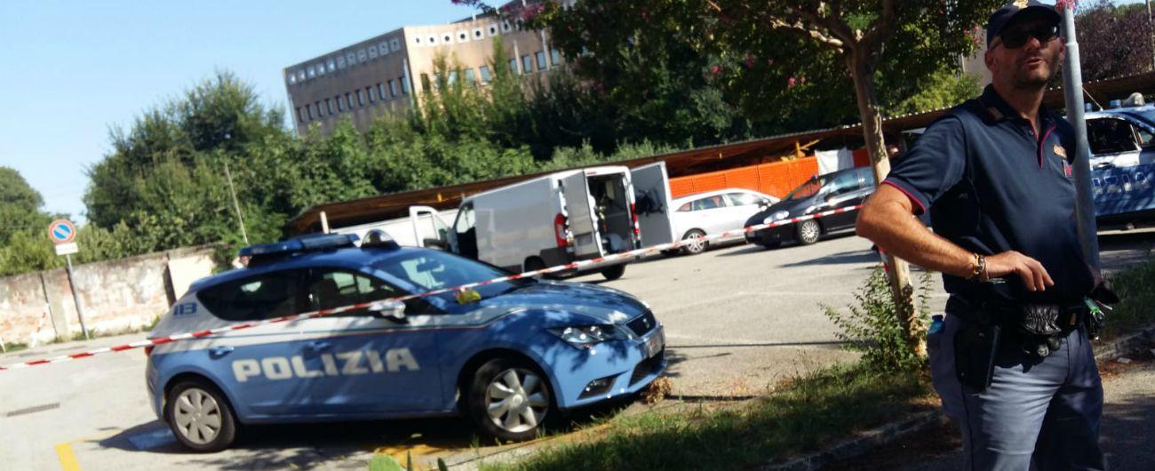 Risultati immagini per Treviso, due ordigni davanti a sede Lega