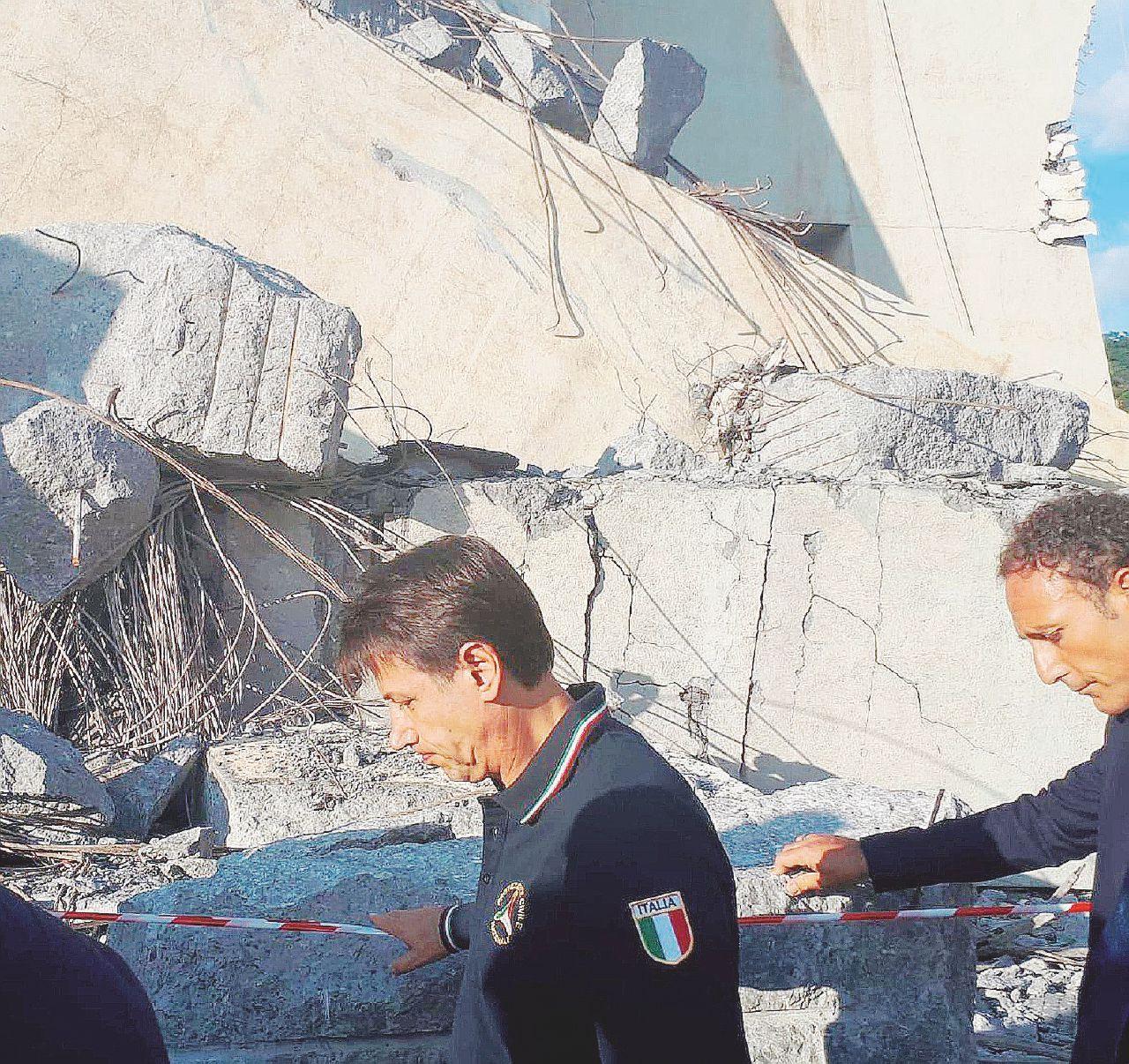"""In Edicola sul Fatto Quotidiano del 18 agosto: """"Il disastro di Genova  è un fatto oggettivo e l'onere di prevenirlo era della società"""""""