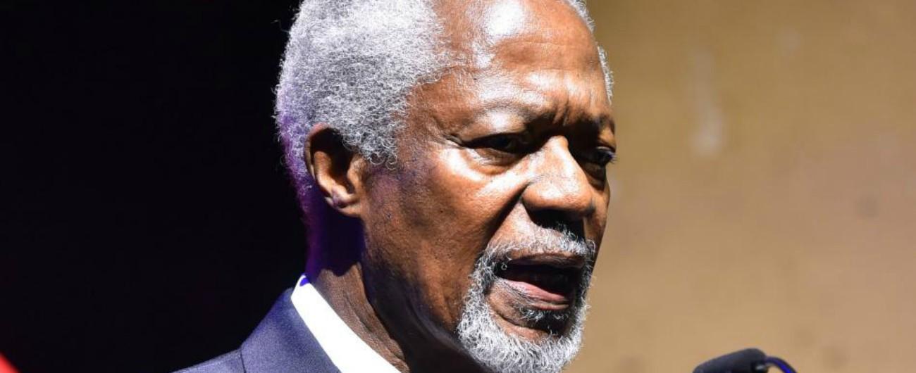 Kofi Annan morto, ex segretario delle Nazioni Unite e premio Nobel per la pace. Disse no all'invasione dell'Iraq nel 2003