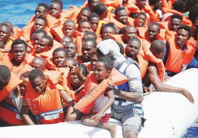 Nessuna operazione di polizia fermerà milioni di migranti