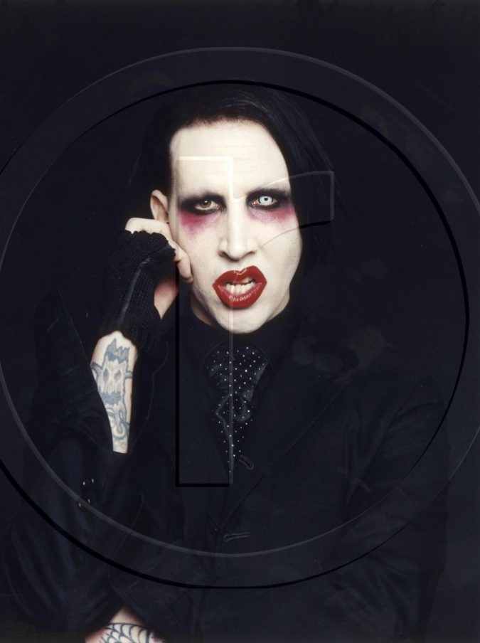 Marilyn Manson ha un malore sul palco: interrotto il concerto in Texas