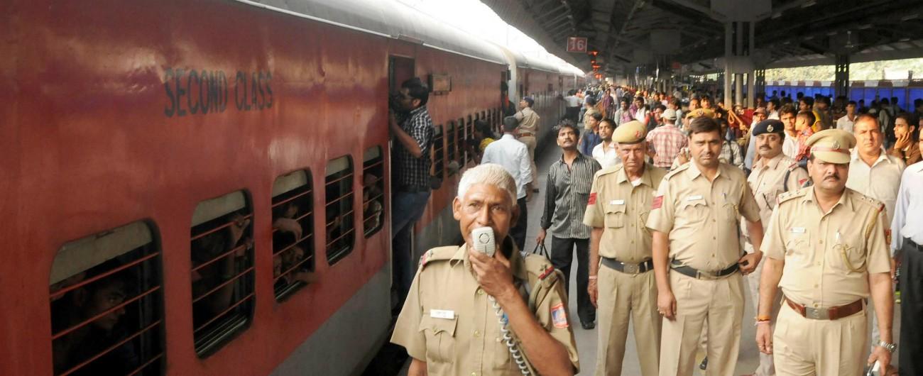 """India, è il giorno del concorso """"più grande del mondo"""": 23 milioni di candidati per 90mila posti nelle Ferrovie dello Stato"""