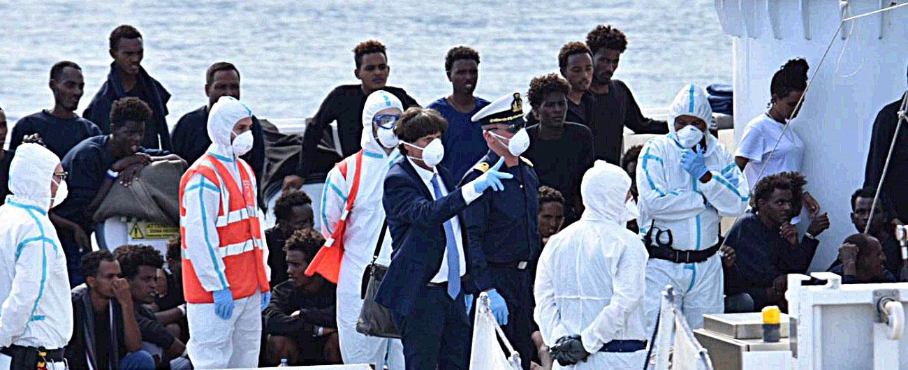 """diciotti, procuratore di agrigento sale a bordo aperta inchiesta: """"sequestro di persona"""""""