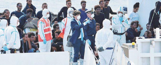 """Nave Diciotti, il pm accusa il governo: """"È sequestro"""""""