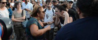 Diciotti, cori contro il Pd al sit-in antifascista al porto di Catania: niente bandiera di partito per i dem